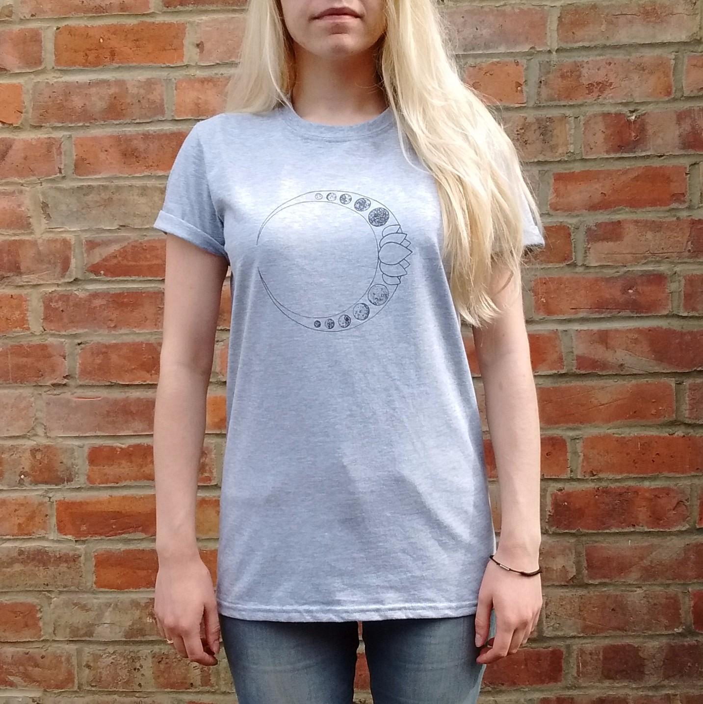 Luna Lotus Grey T-Shirt