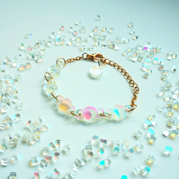 Moonbeam Bracelet Moon Phase Iridescent